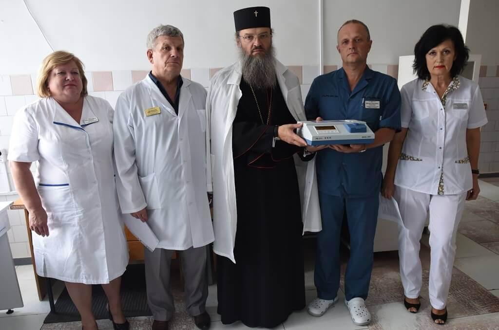 Завдяки благодійній допомозі Запорізької єпархії в лікарні - нове обладнання для експрес-діагностики Міська дитяча лікарня №5 детская больница Запорожье
