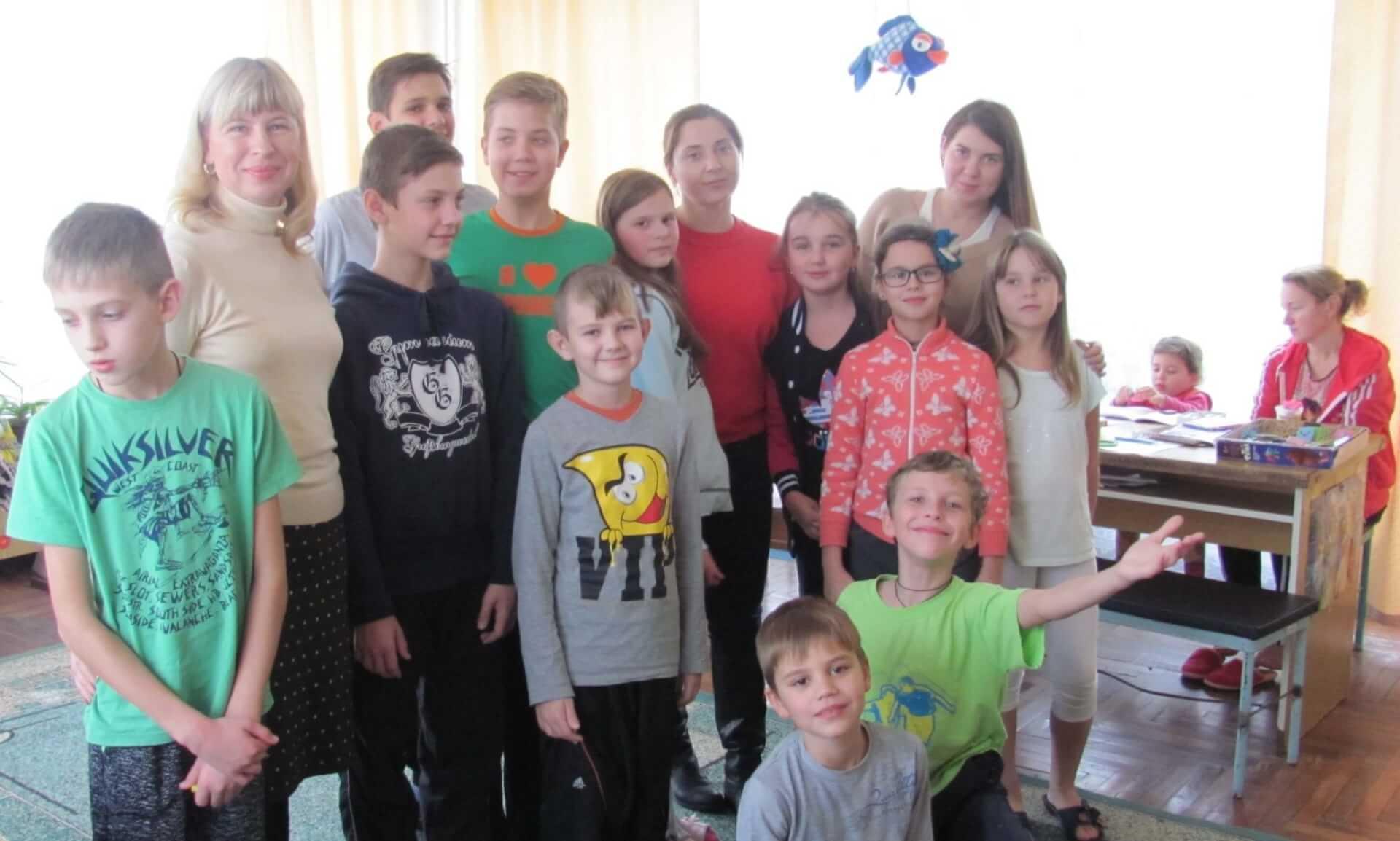 Волонтери з подарунками відвідали неврологічне відділення лікарні Міська дитяча лікарня №5 детская больница Запорожье