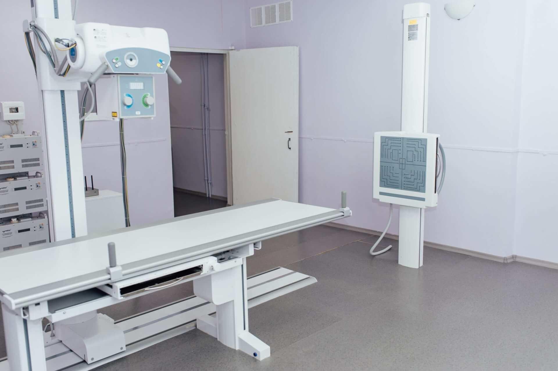 У рентгенологічному відділенні новий сучасний рентген діагностичний комплекс Міська дитяча лікарня №5 детская больница Запорожье