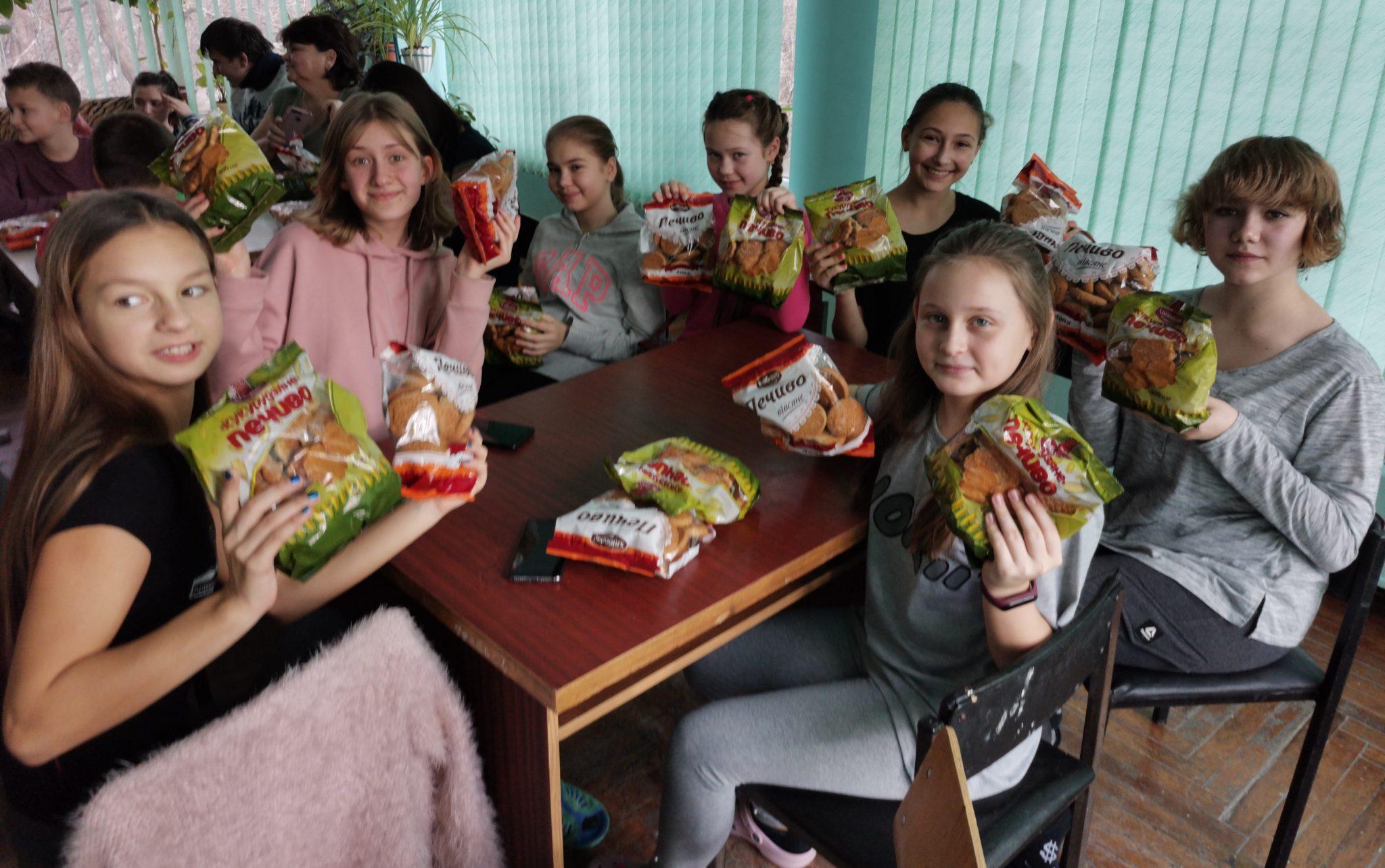 Святкова вистава до Дня Святого Миколая Міська дитяча лікарня №5 детская больница Запорожье