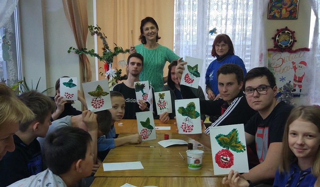 Волонтери «Твори добро, Україно!» прийняли участь в занятті з пацієнтами лікарні Міська дитяча лікарня №5 детская больница Запорожье